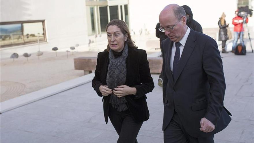 Pastor destaca la contribución de Lara a la difusión de la cultura española