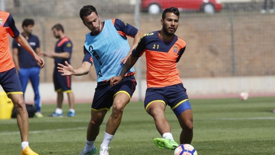 Jonathan Viera y Hernán en un entreno de Las Palmas