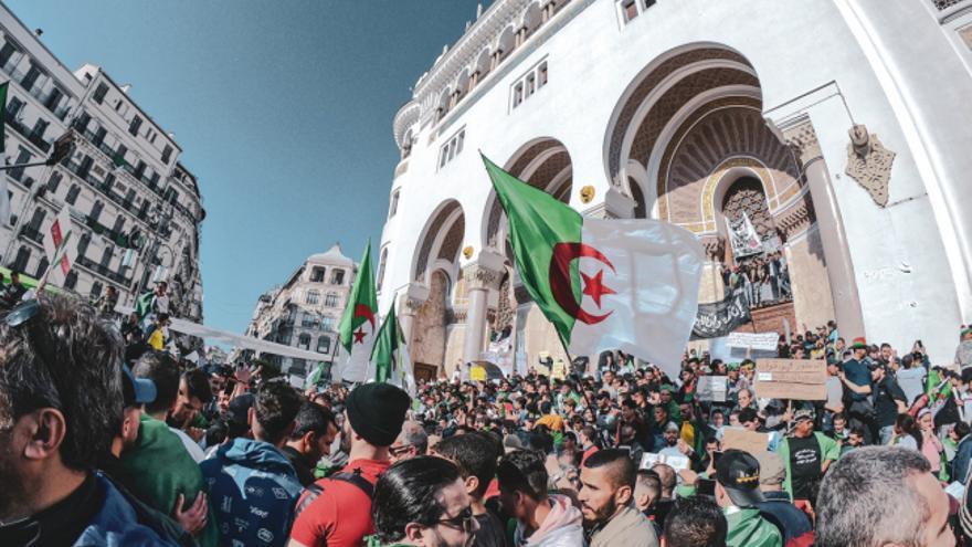 Manifestación de protesta en Argel.