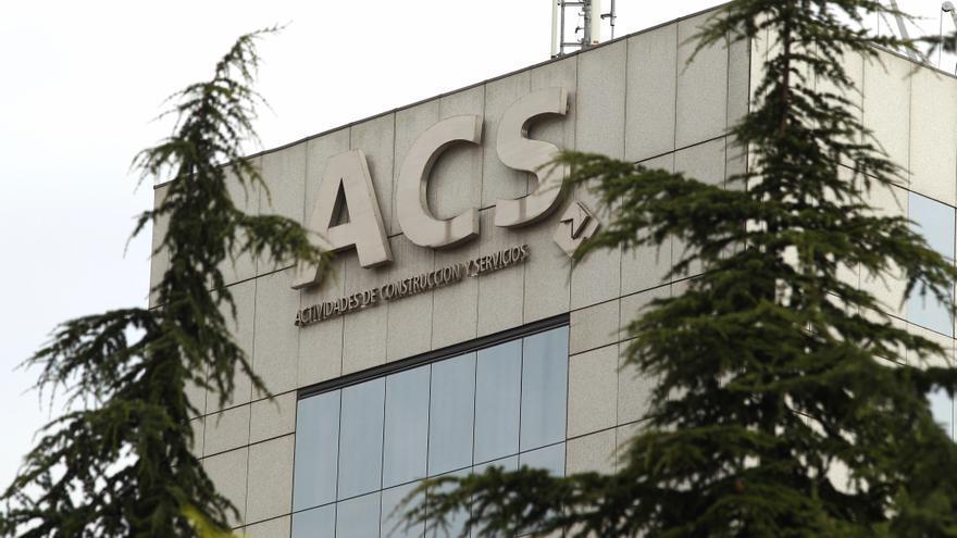 ACS se adjudica dos plantas fotovoltaicas en Sudáfrica por 297 millones de euros