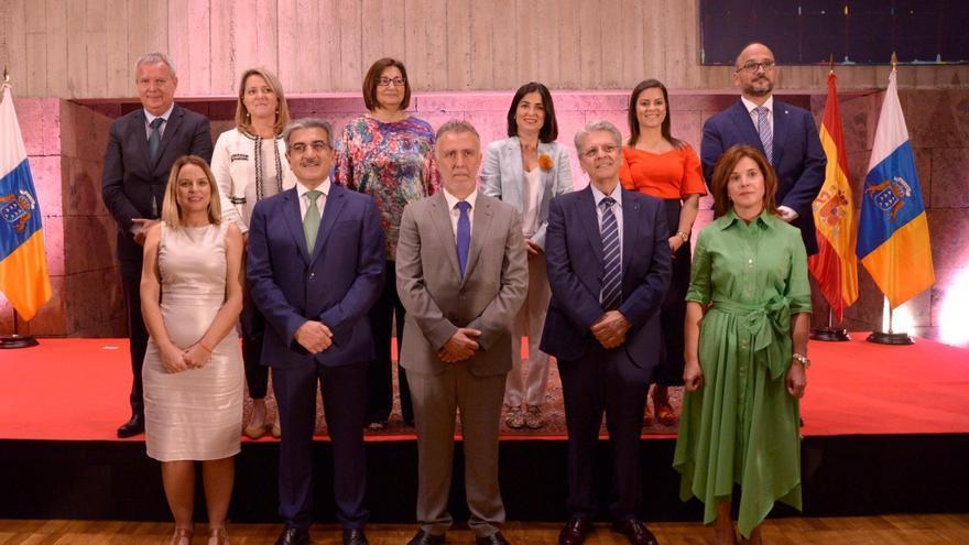 Los nuevos consejeros y consejeras del Gobierno de Canarias, tras tomas posesión
