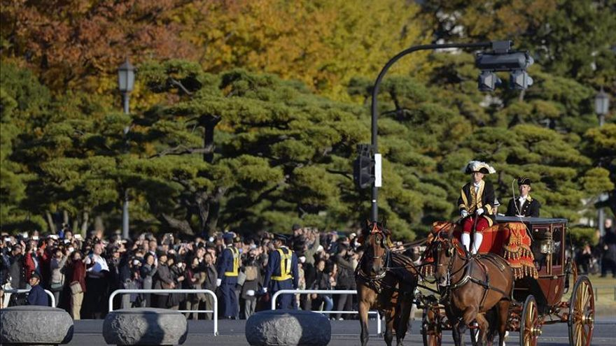 Casa Imperial del Japón (Nihon-koku / Nippon-koku) - Página 9 Caroline-Kennedy-embajadora-EEUU-Japon_EDIIMA20131119_0144_4