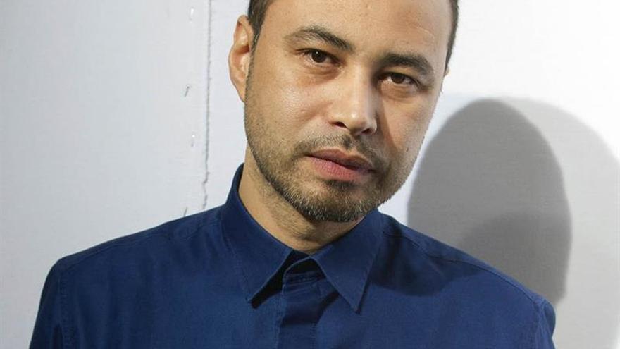 El diseñador hondureño Campos lleva a Nueva York los colores del arquitecto Barragán