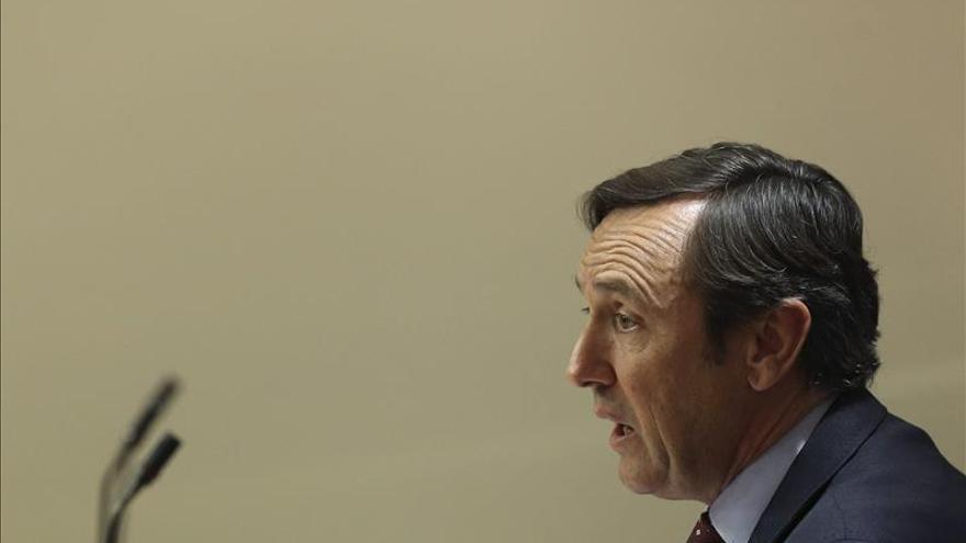 """Rafael Hernando dice que """"el PP no es Podemos, sino hacemos y cumplimos"""""""