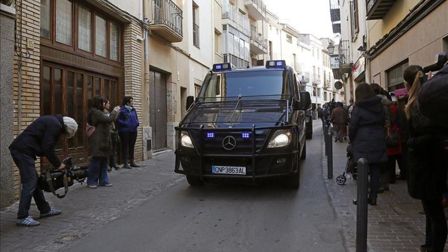 Dos detenidos en Barcelona por difundir el ideario del grupo terrorista Daesh