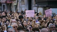Miles de personas se concentran frente al Ministerio de Justicia en Madrid contra la sentencia de 'la manada'