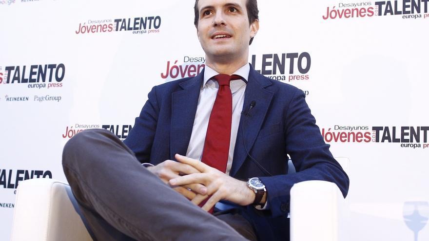 """Casado avisa a Rivera que si apoya al PSOE pese a ganar Rajoy habrá """"por primera vez"""" un """"gobierno de perdedores"""
