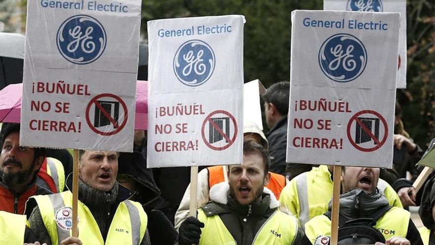 Plantilla de General Electric de Buñuel, en huelga indefinida contra cierre