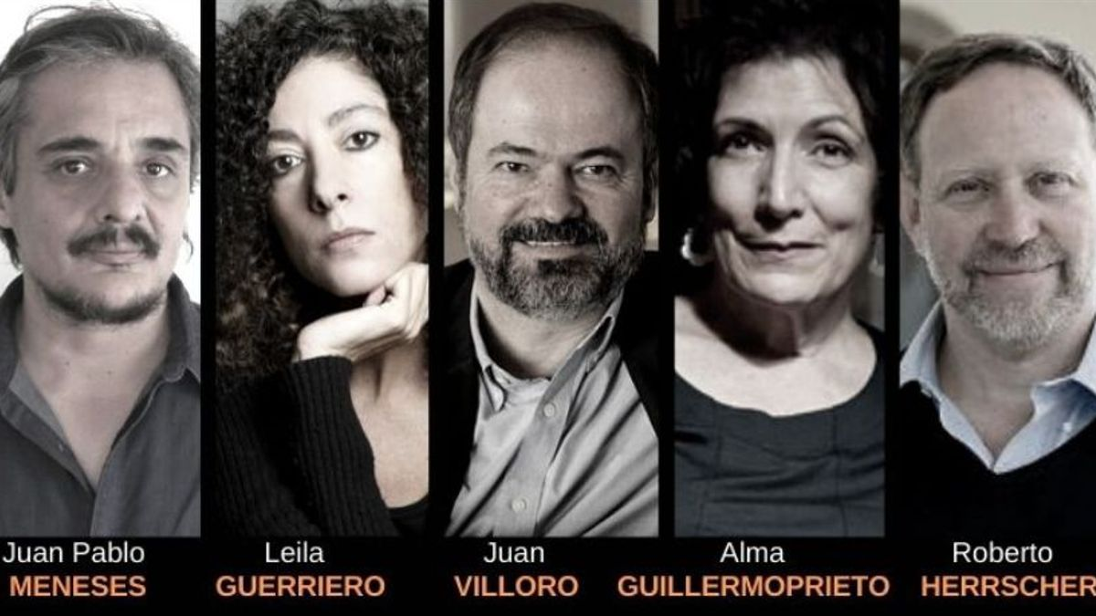 Meneses, Guerriero, Villoro, Guillermoprieto y Herrscher, parte del staff del diplomado online de periodismo narrativo.