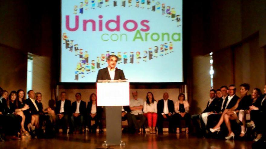 Román Rodríguez durante el acto de Unidos Con Arona.