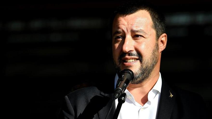 Salvini niega desembarco a Sea-Watch y alega que Italia ya ha hecho mucho