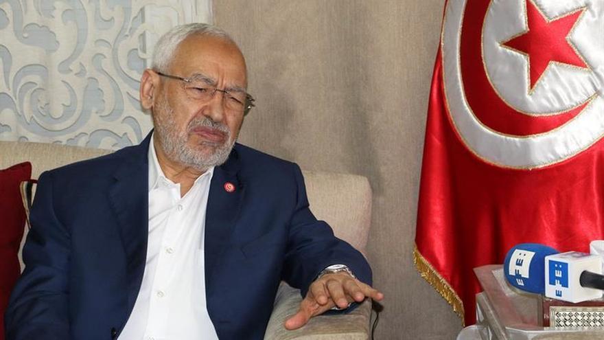 Ghanuchi reelegido líder de los islamistas moderados de Túnez