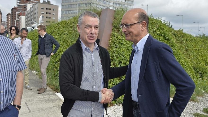 """Urkullu asegura que el PNV contribuirá a la """"estabilidad"""" en el Estado si se reconoce a Euskadi y su autogobierno"""