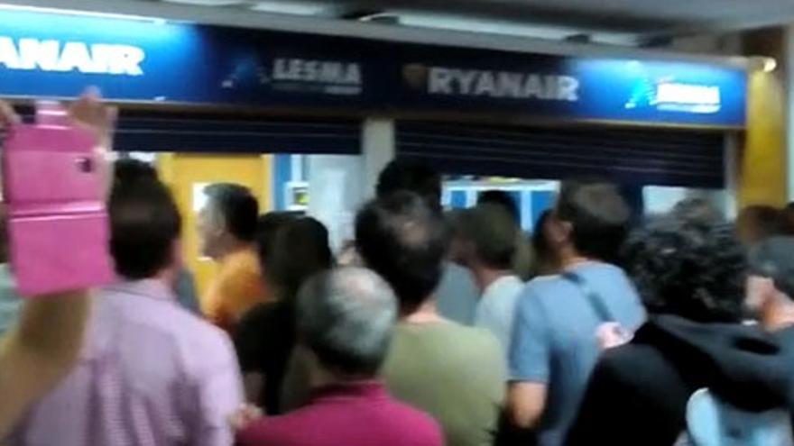 Protesta en el Aeropuerto de Lanzarote