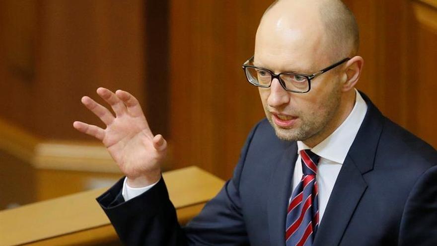 Yatseniuk anuncia su dimisión del cargo de primer ministro de Ucrania