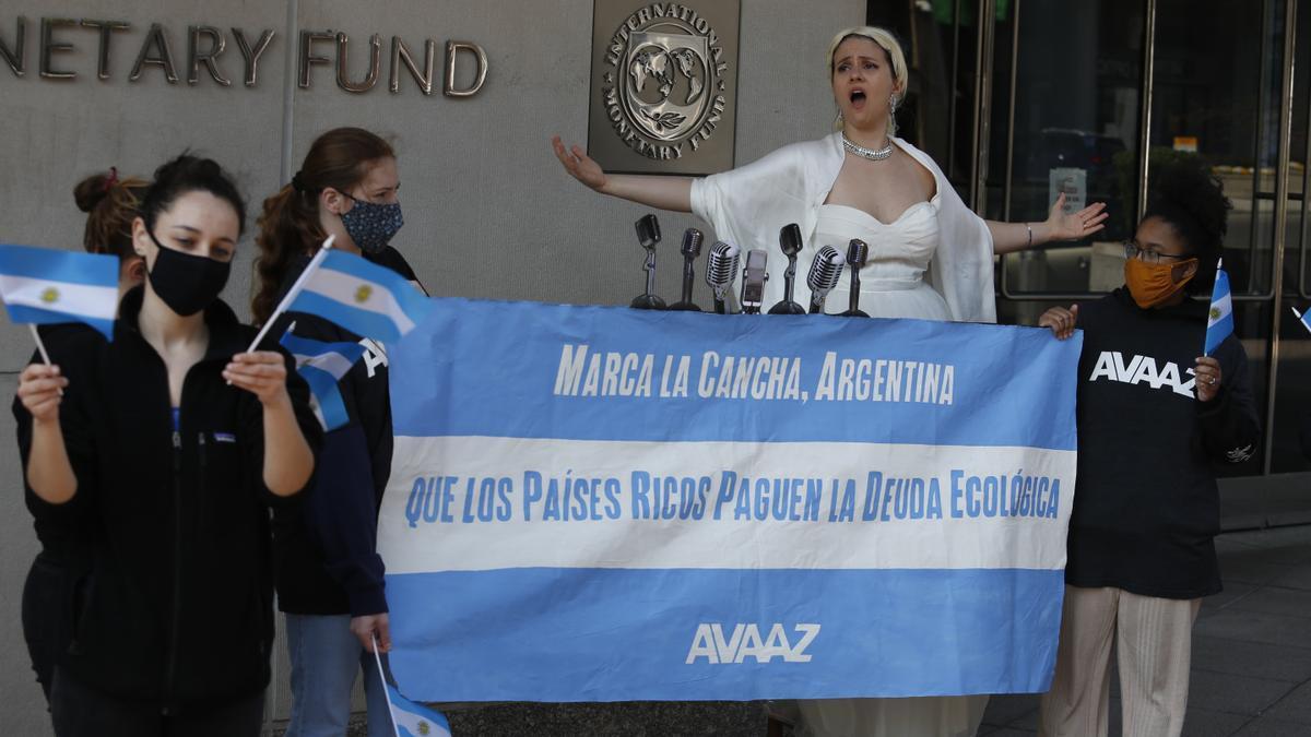 """""""Evita reclamó"""" en la vereda del Fondo por una compensación de deuda ecológica"""
