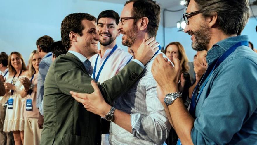 """Casado teme que la investidura de Sánchez pueda """"cerrarse de mala manera"""""""