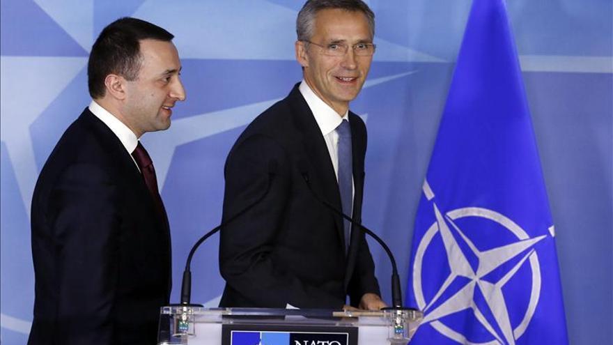 Stoltenberg cree importantes las sanciones contra Rusia por su comportamiento
