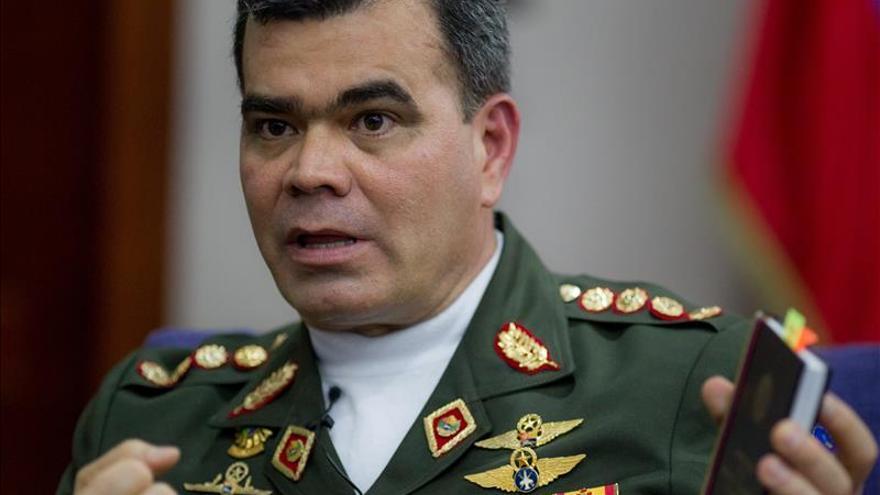 Militares venezolanos rechazan acusación narcotráfico de EEUU a dos generales