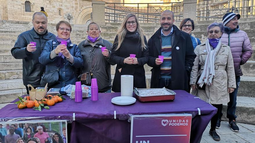 María Pérez (en el centro) encabeza la candidatura de Unidas Podemos al Congreso en Albacete