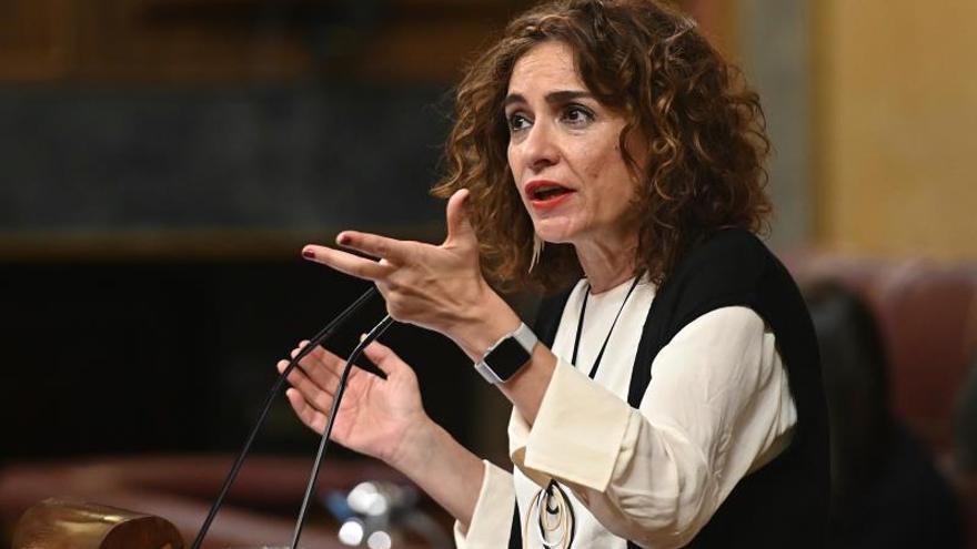 """Montero admite que la mesa de gobiernos parte de una situación """"muy difícil"""""""