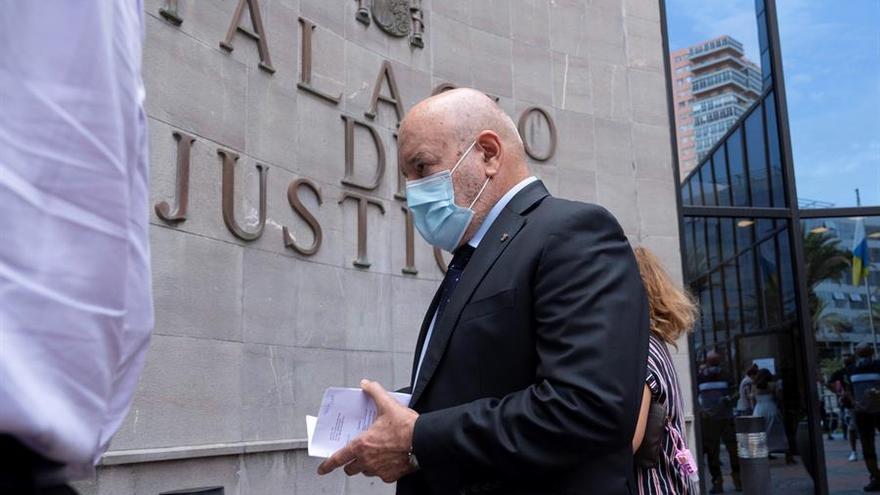 """Miguel Concepción dice que """"no tiene nada que añadir"""" al acuerdo con la Fiscalía que rebaja su pena por un delito de estafa"""