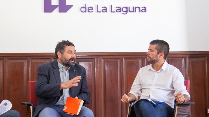 Ugo Biggeri, presidente de Banca Ética, a la izquierda