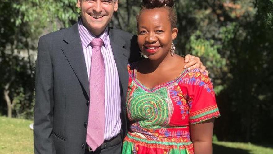 África y su marido Salva.