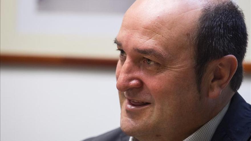 """Ortuzar acusa al PP de """"crear escándalos"""" para ocultar su inmovilismo"""