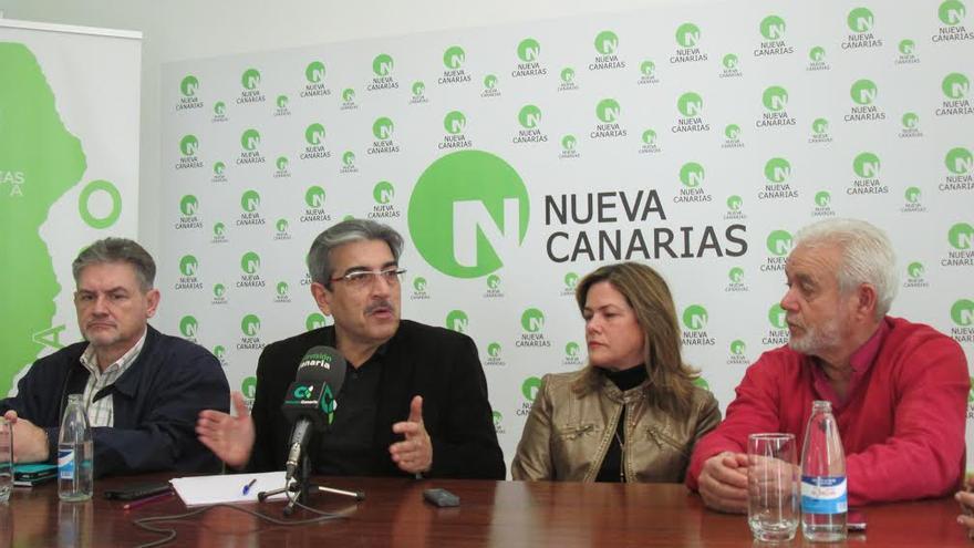 En la imagen, Román Rodríguez (segundo por la izquierda), en la rueda de prensa celebrada este viernes.