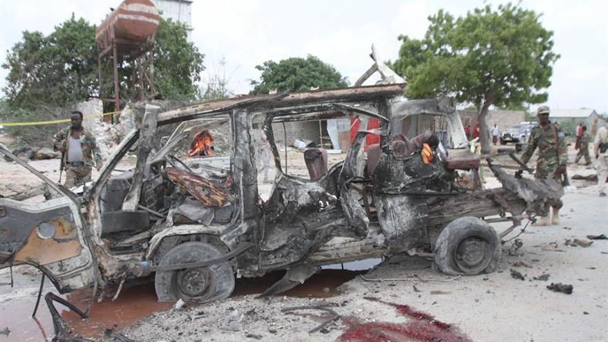 Al menos 10 muertos en un ataque de Al Shabab en una base militar en Somalia