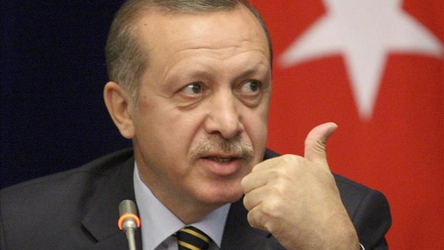 La oposición turca acusa a Erdogan de financiar a Al Qaeda en Siria