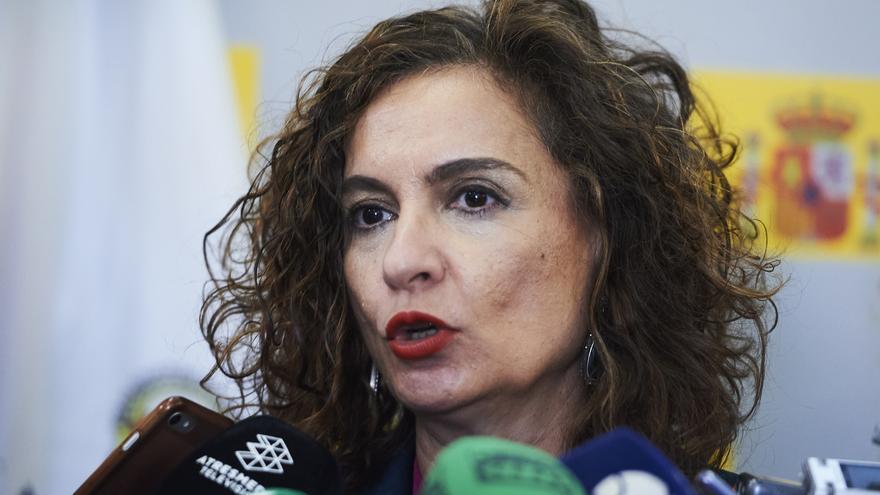 """Montero reitera el """"compromiso"""" del Gobierno de España con Cantabria"""