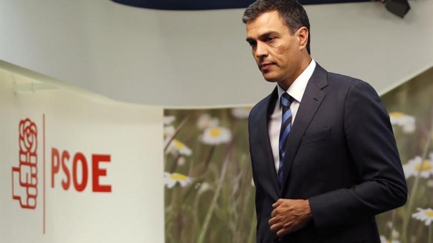 Sánchez le dirá al Rey que Rajoy tiene que presentarse a la investidura