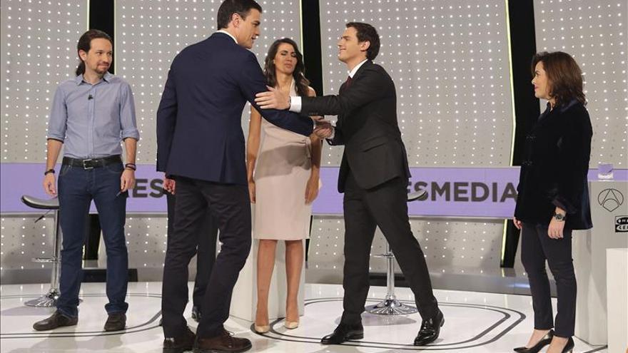 """Sánchez dice que las encuestas adversas """"le animan"""""""