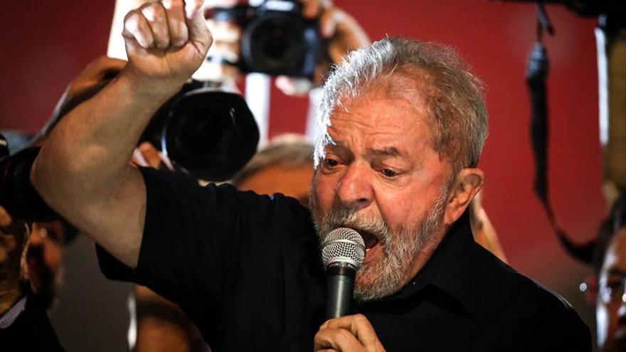 Odebrecht confesó que usó 225.800 dólares en obras de una supuesta casa de Lula