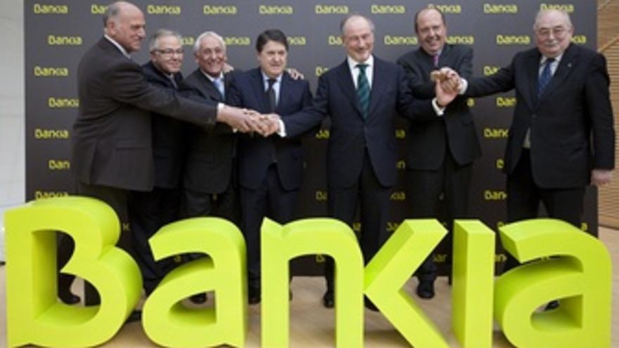 Olivas Y Rato Junto Al Resto De Presidentes De Las Cajas Integrantes De BFA