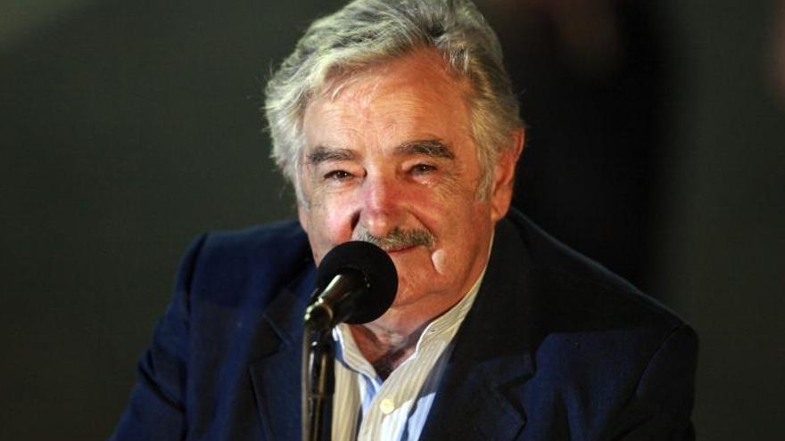 """Mujica dice que el Mercosur está """"malherido"""" pero resalta reingreso paraguayo"""