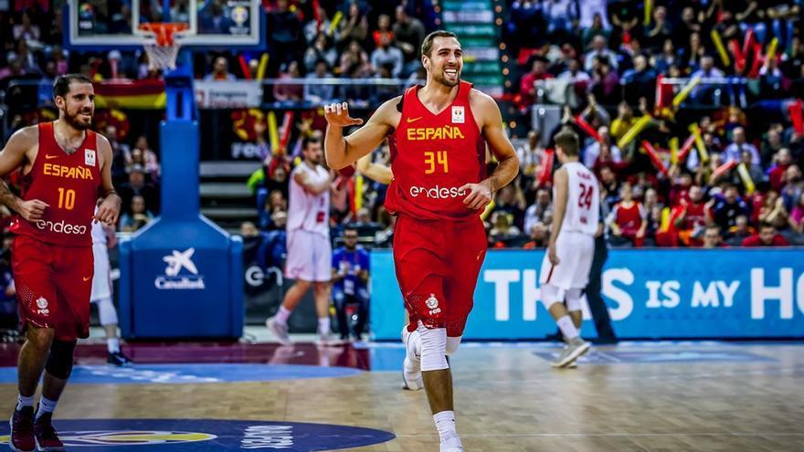 Pablo Aguilar, defendiendo la camiseta de España