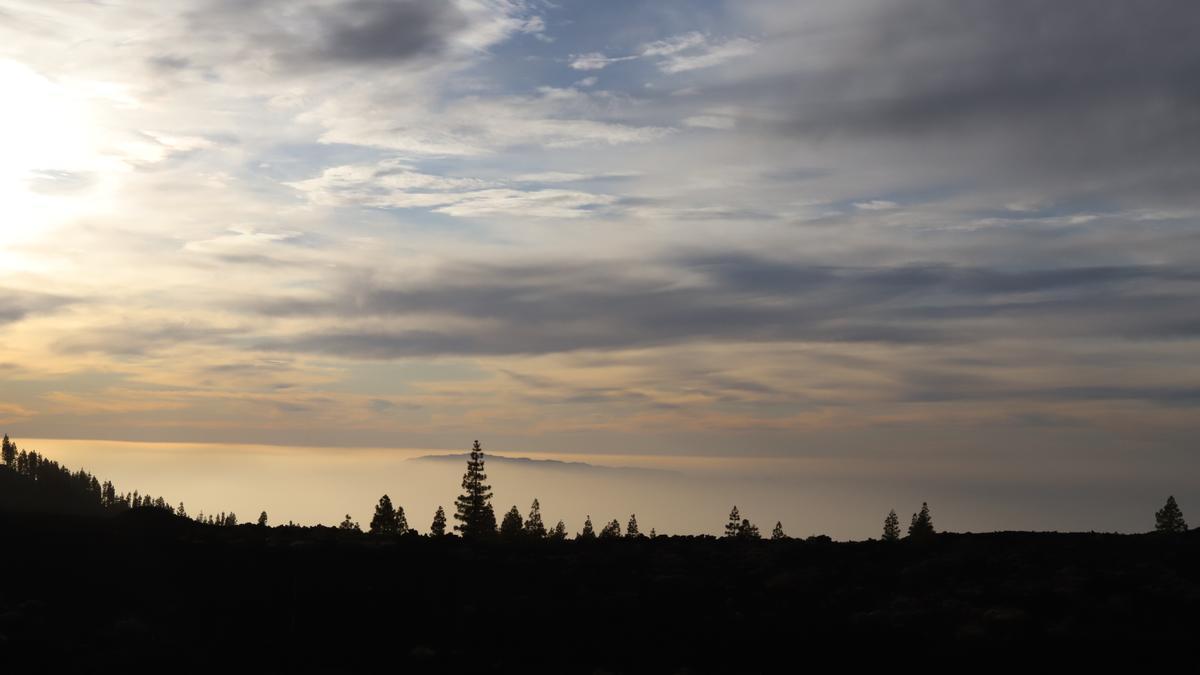 Imagen de archivo de nubes en Canarias