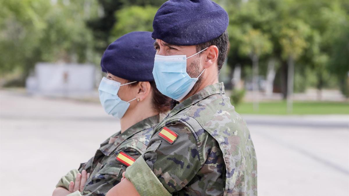 Dos rastreadores del Ejército