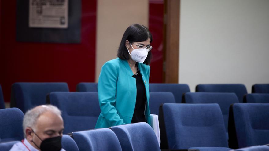 La ministra de Sanidad, Carolina Darias a su llegada a una rueda de prensa posterior al Consejo Interterritorial del Sistema Nacional de Salud en la Secretaría de Estado de Comunicación del Complejo de la Moncloa, a 28 de abril de 2021, en Madrid (España)