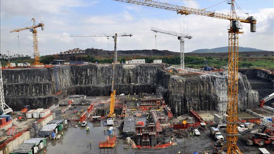 El Canal de Panamá en una dura encrucijada en el año de su centenario