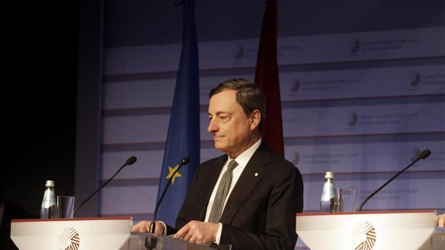 Draghi pide a los gobiernos que aprovechen la coyuntura para hacer reformas
