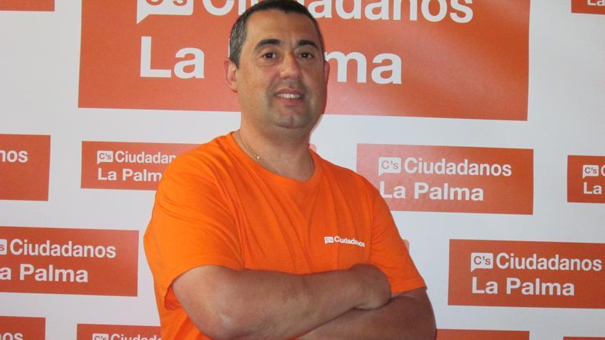 Daniel Denuc no ha militado en ningún partido y es la primera vez que concurre a unas elecciones. Foto: LUZ RODRÍGUEZ.