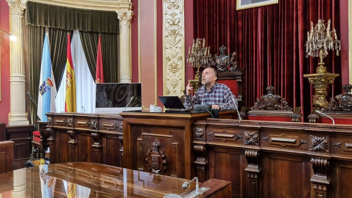 El alcalde de Ourense, Gonzalo Pérez Jácome, durante una rueda de prensa esta semana.