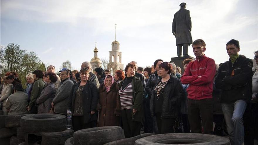 """Kerry insta a Lavrov a aplicar """"inmediatamente"""" el acuerdo sobre Ucrania"""