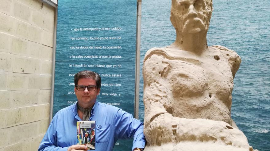 El escritor Jonathan Allen