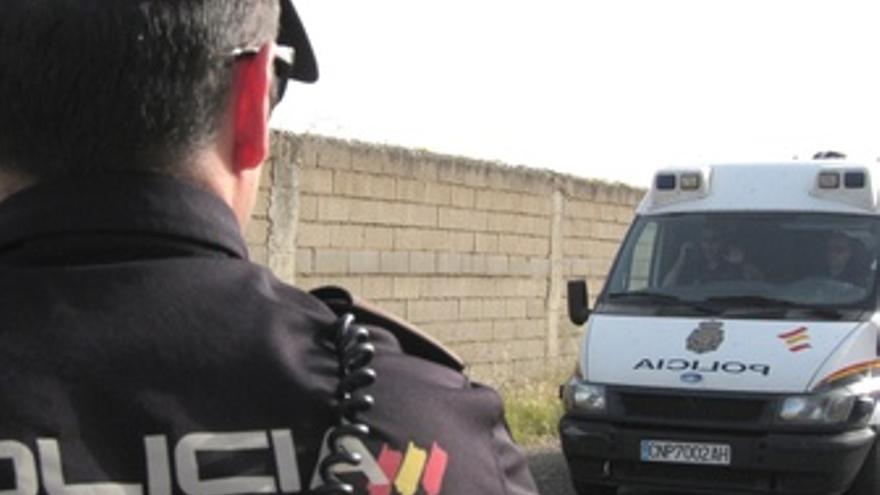 Furgón Policial Que Transporta A José Bretón