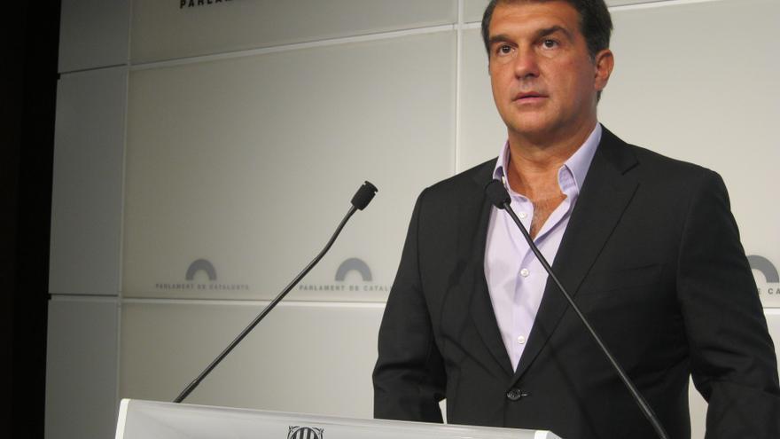 El expresidente del Barça, Joan Laporta, no se presentará y pide el voto para Artur Mas y Oriol Junqueras (ERC)